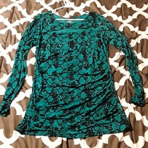 Turquoise Snake Skin Top 95% polyester